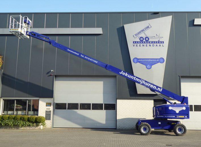 4x4 telescoophoogwerker met vierwielaandrijving en werkhoogte van 16 meter