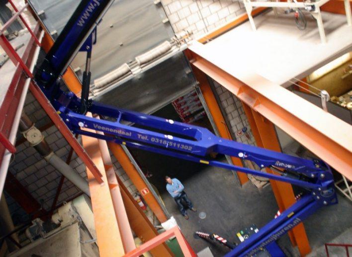 speciale-schilderklus-23-meter-spinhoogwerker-22-10