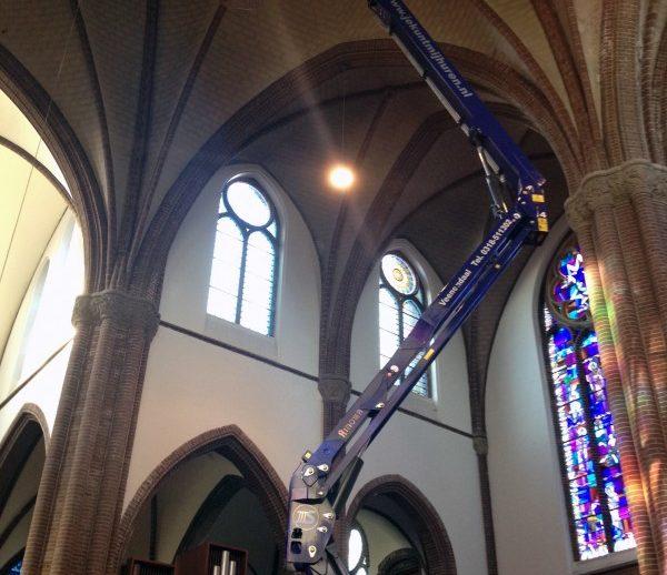 spinhoogwerkers-in-kerk-28-9