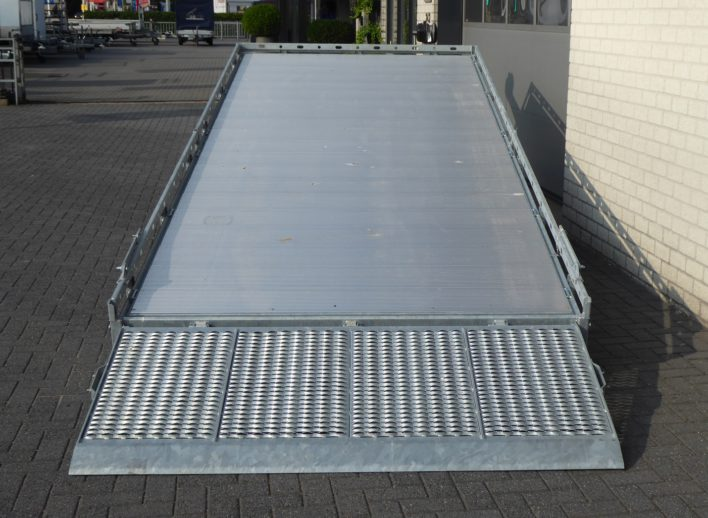 tridemasser-machinetransporter-kantelbaar-protectrail